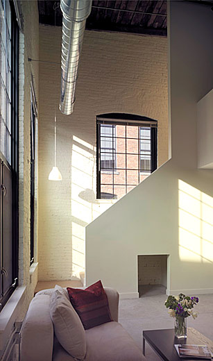 Townhouse units are spectacular, with huge walls and windows